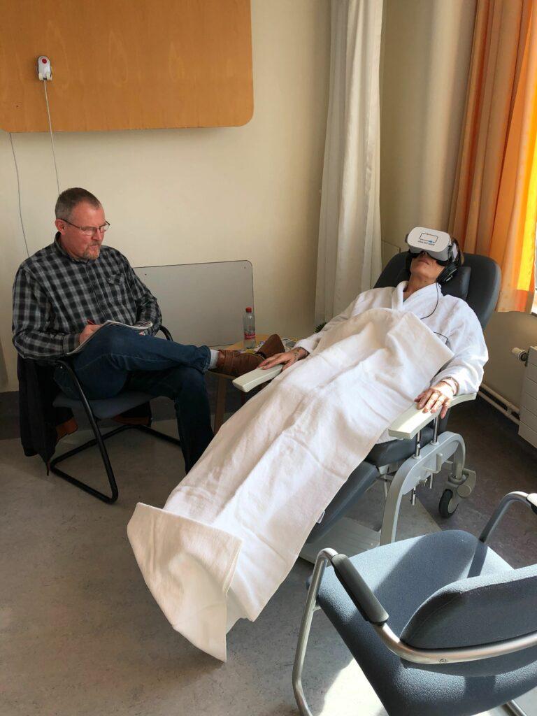 Healthy Mind utilise des casques de réalité virtuelle thérapeutique.